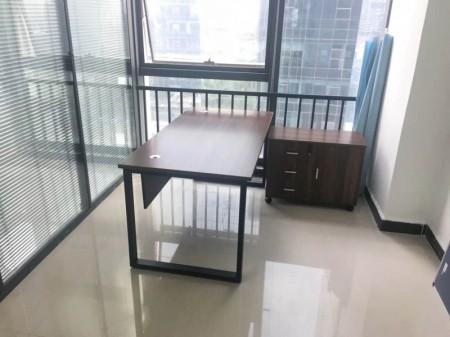 高铁站升龙广场108平精装带家具写字楼出租