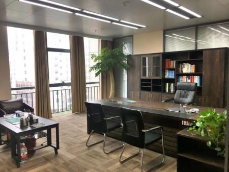 金水东路省政府对面 美盛中心400平精装全套家具低价出租