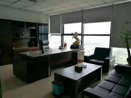 东站南 凯利国际中心344平精装全套家具采光好