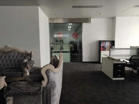 建正东方中心5A级高品质写字楼精装带家具500平电梯口位置