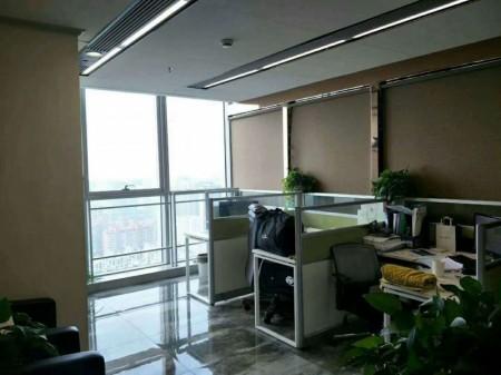 绿地之窗精装带家具320平业主直租