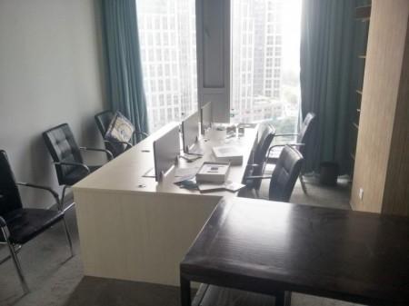 金水东路 绿地新都会360平精装全套家具超低价出租
