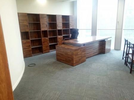 新地标 绿地中心双子塔417平精装带家具低价出租